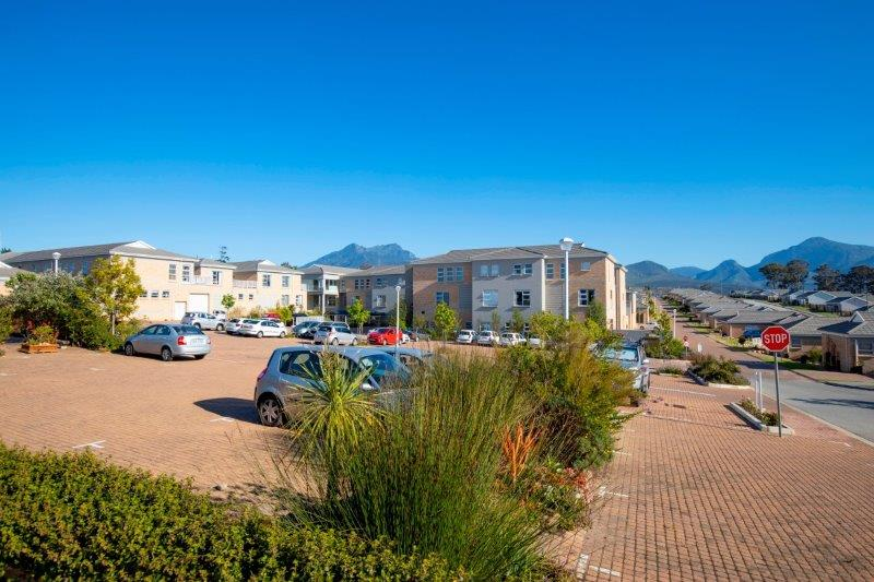 R2 2019 HIG Groenkloof Retirement Village Care Unit Exterior 2
